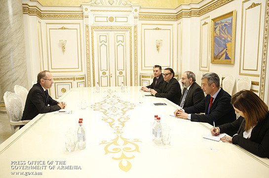 Armenian PM, Swiss Ambassador discuss issues of cooperation development