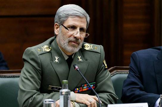 """В Тегеране пообещали дать """"жесткий ответ"""" на попытки Израиля блокировать иранские танкеры"""