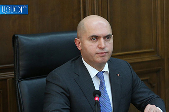 Армен Ашотян предлагает инициировать парламентские слушания вокруг нынешнего этапа урегулирования карабахского конфликта