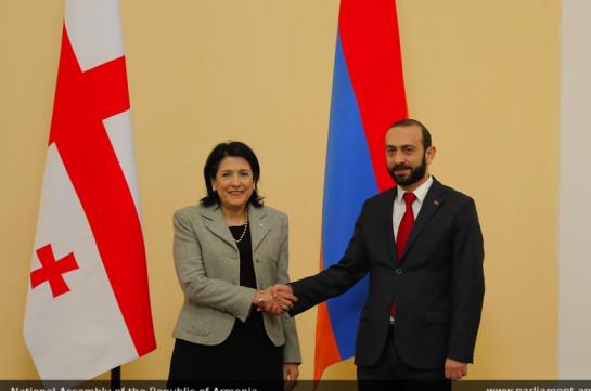 Спикер парламента Армении и президент Грузии обменялись претензиями