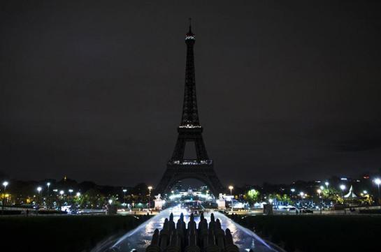 Эйфелева башня погасит огни в память о жертвах атаки в Новой Зеландии
