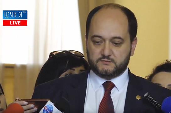 Мы не видим необходимости зафиксировать конкретный день – Араик Арутюнян о провозглашения  Дня гражданина не в день отставки Сержа Саргсяна