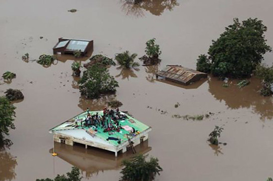 "Число жертв циклона ""Идаи"" в Мозамбике достигло 217"