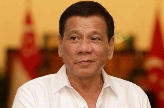 Президент Филиппин пригрозил кастрировать замешанных в наркоторговле полицейских