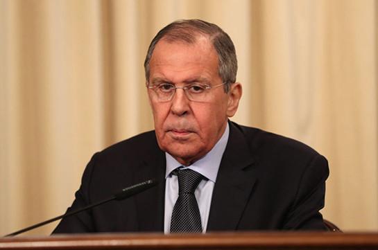 """Россия будет укреплять """"пояс добрососедства"""" у своих границ, заявил Лавров"""