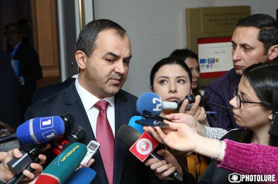 Генпрокурор считает обоснованным содержание под стражей экс-президента Армении