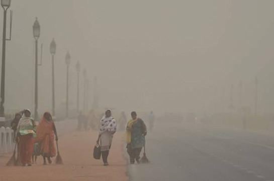 В Индии более 30 человек погибли из-за песчаных бурь и ливней