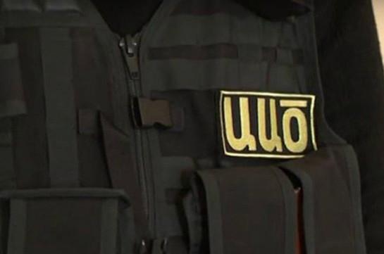 Вооруженные сотрудники СНБ Армении проводят обыски в доме и офисе бывшего главы СПИСА