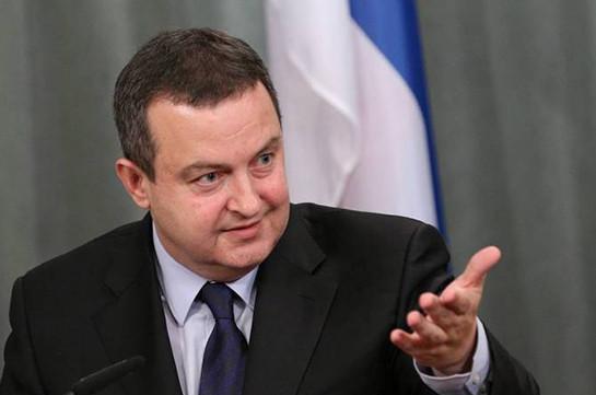Глава МИД Сербии заявил, что его страна никогда не введет санкции против России