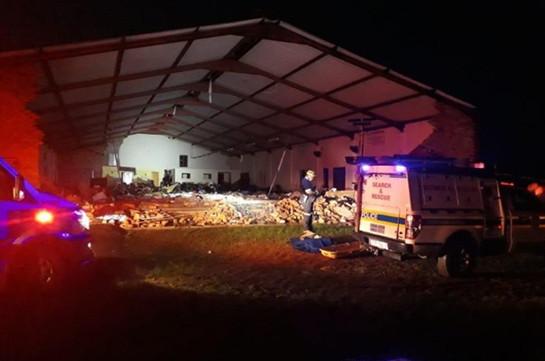 В ЮАР 13 человек погибли при обрушении в церкви во время пасхальной службы
