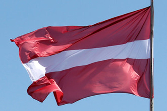 От взрыва мины в Латвии скончался иностранный военный