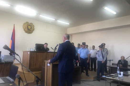 Бако Саакян и Аркадий Гукасян подтвердили в суде свое поручительство за Роберта Кочаряна (Фото, видео)