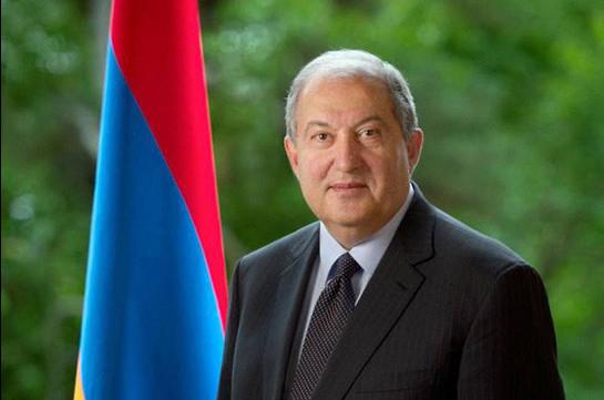 Призываю всех граждан, независимо от занимаемой общественной и политической позиции и должности, соблюдать Конституцию и законы – президент Армении