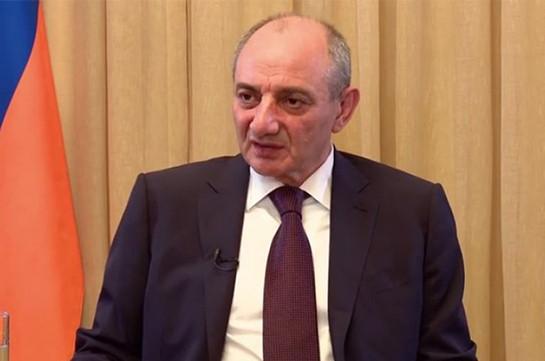 Ե՛վ հիմա, և՛ նախկինում Ադրբեջանի հետ բանակցություններից առաջ և հետո ՀՀ իշխանությունները տեղյակ են պահում Արցախին. Բակո Սահակյան