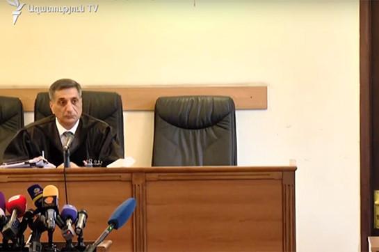 Судья по делу экс-президента Роберта Кочаряна во 2-ой один удалился в совещательную комнату