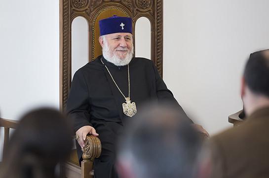 Ամենայն Հայոց Կաթողիկոսն ընդունել է ԱՄՆ Հայոց Արևելյան թեմի ուխտավորներին