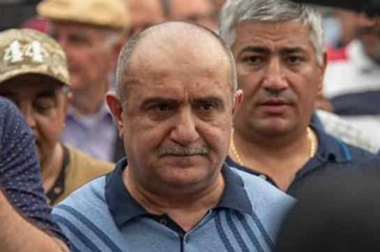 Սամվել Բաբայանի կողմնակիցների ստորագրահավաքը Արցախում շարունակվում է