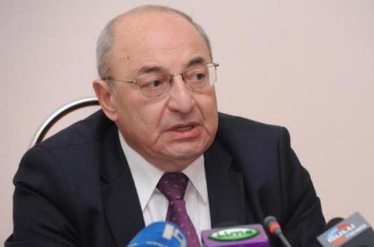 Грайр Товмасян должен бороться за спасение Конституции и независимости судов – Вазген Манукян