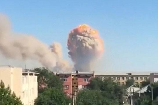 В Казахстане продолжились взрывы боеприпасов