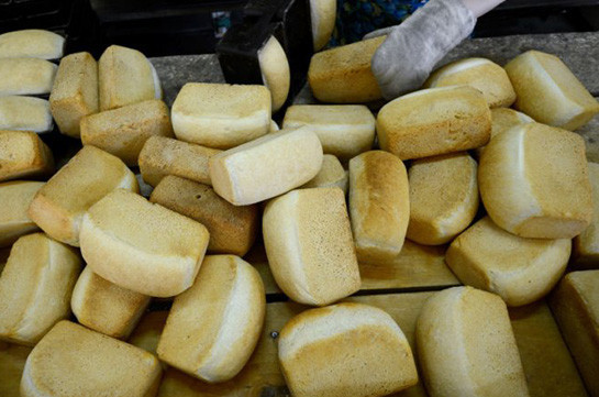 В Таджикистане четырнадцать заключенных насмерть отравились хлебом