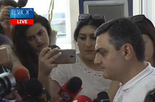 Դեռևս կարծիք չունեմ. Դատավոր Մխիթար Պապոյանը՝ ՍԴ-ում ստեղծված վիճակի մասին (Տեսանյութ)