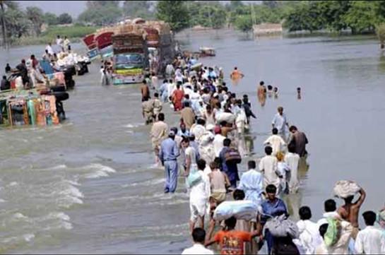 В Пакистане из-за наводнений погибли более 20 человек