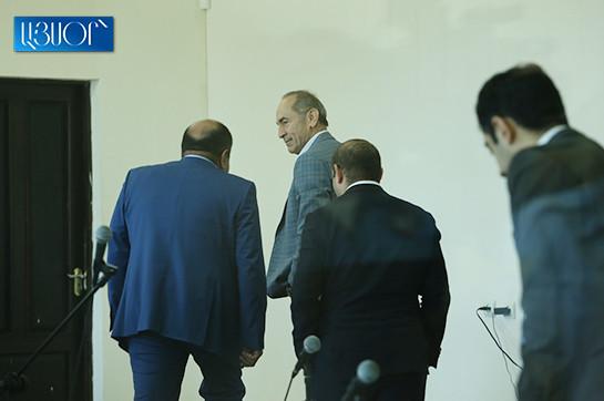 Адвокаты Роберта Кочаряна подали кассационную жалобу против решения об отмене прекращения производства по уголовному делу и обращении в Конституционный суд