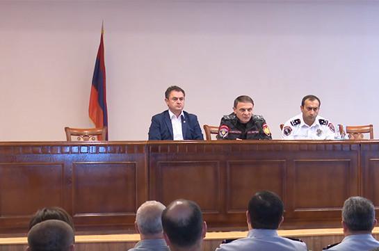 Валерий Осипян представил сотрудникам полиции Тавушкой области новоназначенного начальника Армена Гаспаряна