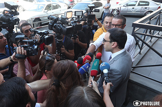 Armenia's deputy PM do not comment on information of BBC, says no document presented