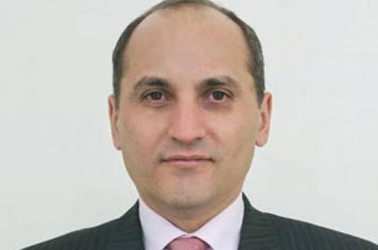 Арам Гарибян освобожден от должности главного советника премьера