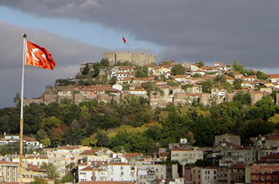 Թուրքիայի իշխանությունները երեք քաղաքների ղեկավարներին աշխատանքից ազատել են՝  ՔԱԿ-ի հետ կապերի համար