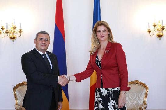 Սերգեյ Մինասյանը հանդիպել է Ռումինիայի նորանշանակ ԱԳ նախարարի հետ