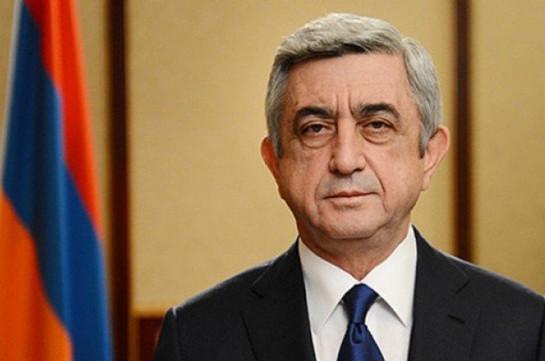 Экс-президент Серж Саргсян не строит дом в Монументе