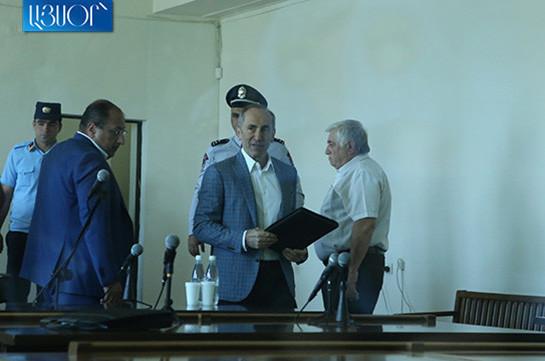 Адвокаты Роберта Кочаряна представили в суд ходатайство об отмене ареста