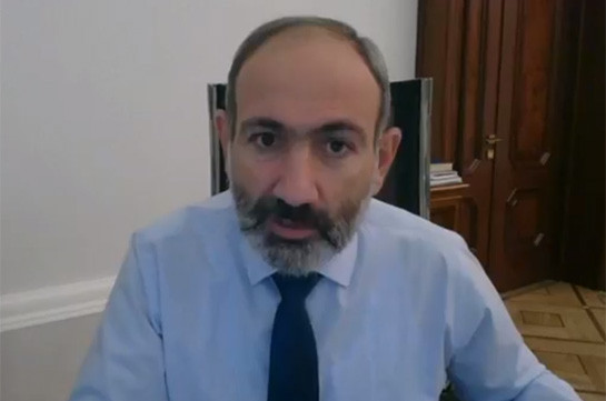 Armenia's Prime Minister Nikol Pashinyan urges Jermuk residents to open roads to Amulsar