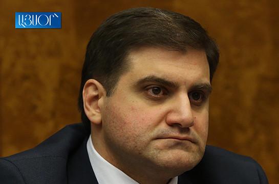 Арман Бабаджанян не собирается отказываться от депутатского мандата