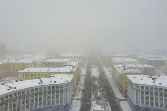 Первый снег выпал в Норильске