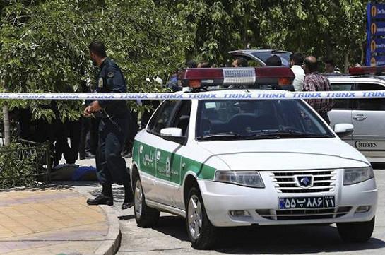 Трое граждан Австралии задержаны в Иране