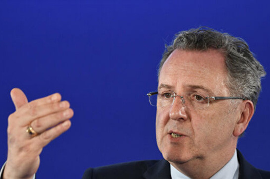 Спикеру Нацсобрания Франции предъявили обвинения
