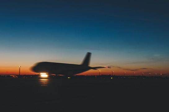 Пассажирский самолет дважды не смог взлететь в Новосибирске