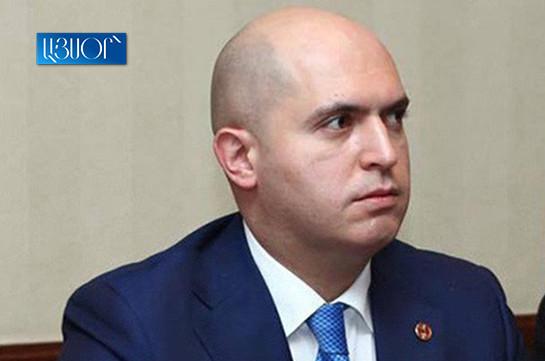 Какое твое дело запускать в парламенте примитивные пропагандистские шарики Никола? – Армен Ашотян обратился к спикеру парламента