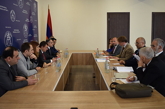 Supreme Judicial Council representatives meet Venice Commission delegation