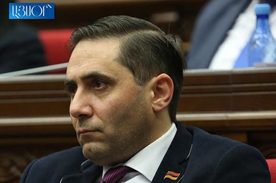 Мяч находится исключительно на поле власти – депутат фракции «Процветающая Армения» об отставке Артура Ванецяна