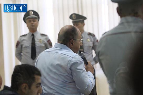 Уважаемый судья, высокопоставленные должностные лица своим заявлением направили Вам вчера четкий месседж – заявление адвоката Айка Алумяна