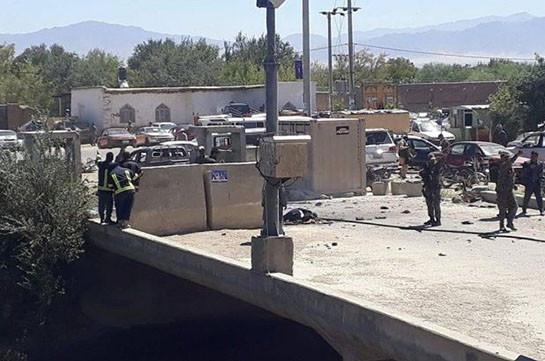В Афганистане в результате взрыва на предвыборном митинге президента погибли 24 человека