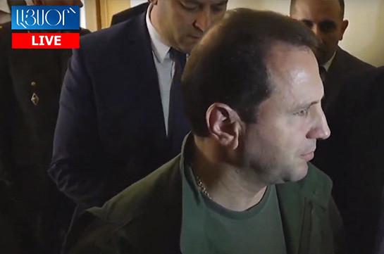 Глава Минобороны Армении опроверг слухи о своей отставке