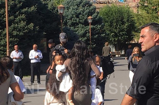 Kim Kardasyan's children baptized in Holy Etchmiadzin (photos)
