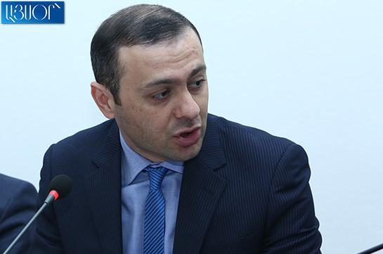 В вопросе Арцаха подобного быть не может – Армен Григорян об ухудшении отношений между Арменией и Арцахом