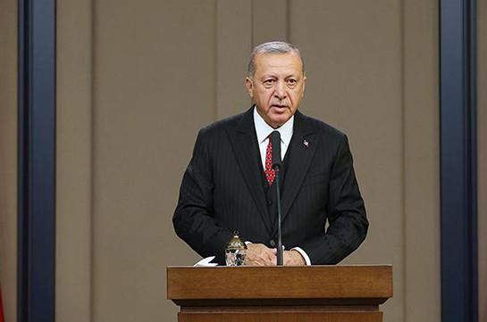 Эрдоган пригрозил ЕС открыть границы для беженцев после критики операции в Сирии