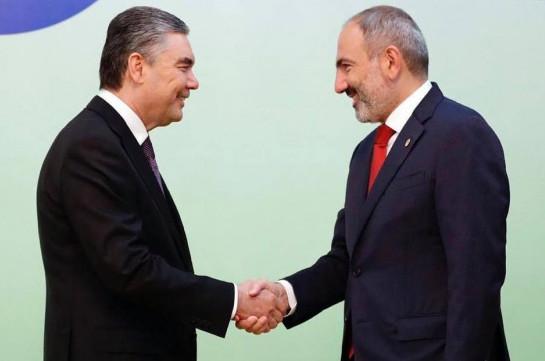 Никол Пашинян встретился в Ашхабаде с президентом Туркменистана